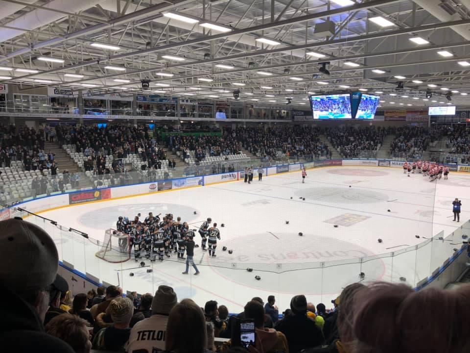 Begrænset salg af støttebilletter til ishockeykampe