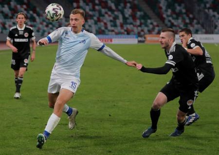 Fodbolden ruller i Hviderusland