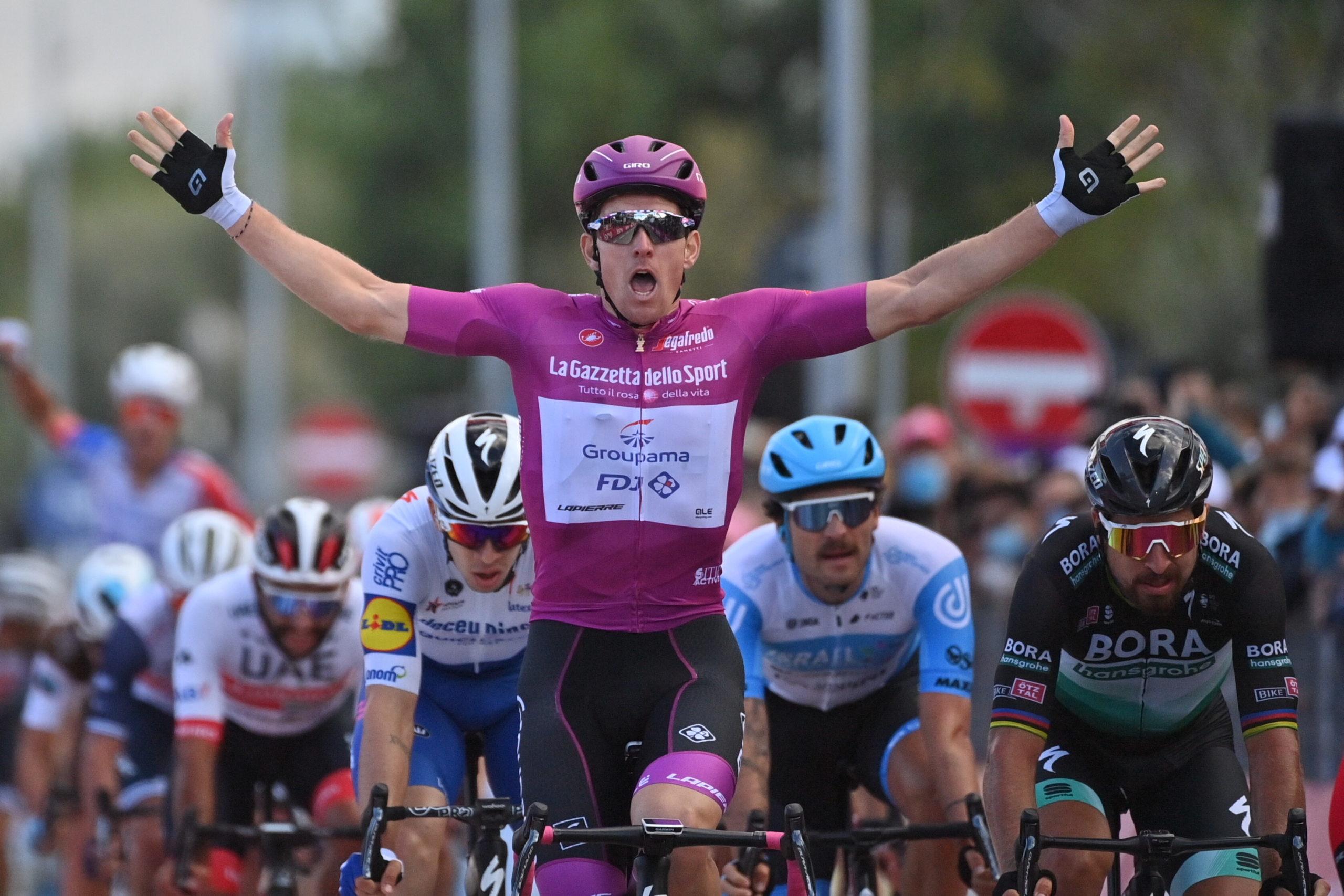 Ny etapesejr i Giro'en til Demare