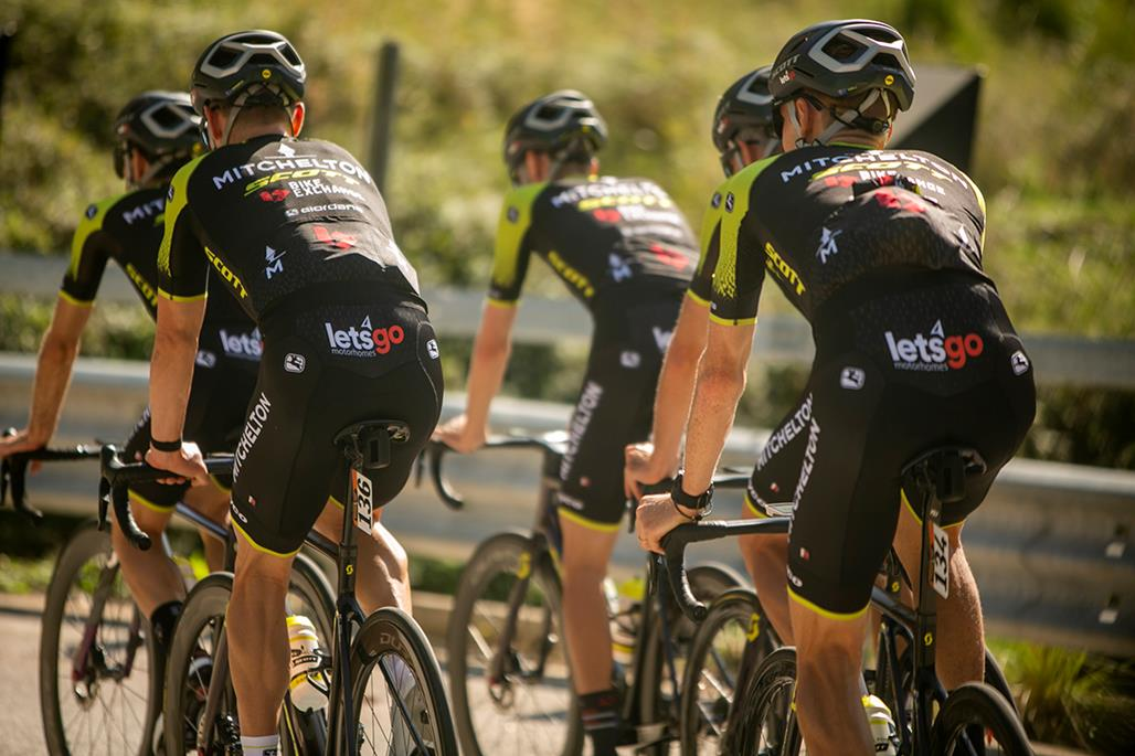 Mitchelton-SCOTT ude af Giro d'Italia