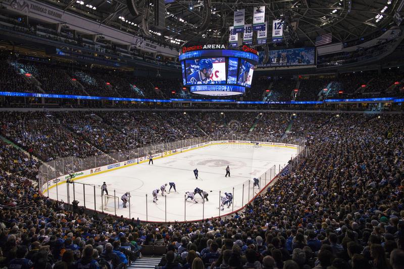 Mål og matchstraf til danskere i NHL