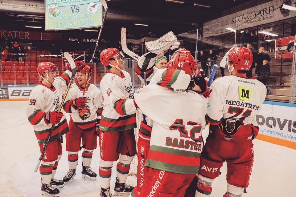 Ejer af Charlton køber sig ind i dansk ishockeyklub