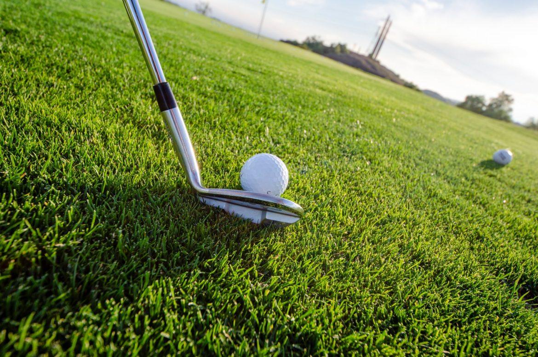 Test af golfure og -vogne: Sådan vælger du